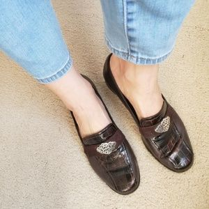 90s Loafers BRIGHTON Croc Brown Low Heel Shoes